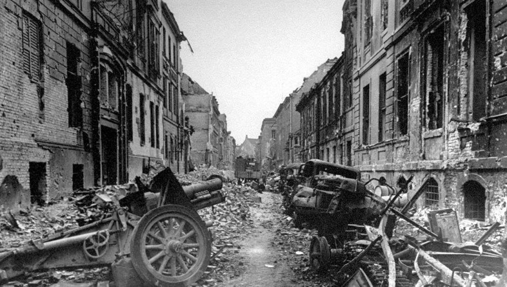 Berlin in 1945 7